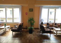 巴塞罗那瓦尔斯酒店 - 巴塞罗那 - 客厅