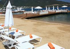Grand Yazici Hotel & Spa Bodrum - Boutique Class - 博德鲁姆 - 海滩