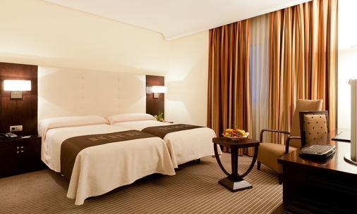 里阿本酒店 - 马德里 - 睡房