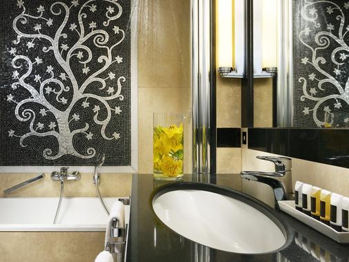 罗马帕拉迪诺大酒店 - 罗马 - 浴室