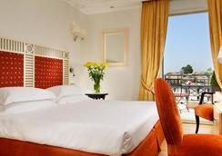 罗马帕拉迪诺大酒店 - 罗马 - 睡房