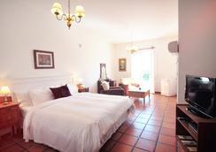 德尔维瑞酒店 - 科洛尼亞德爾薩克拉門托 - 睡房