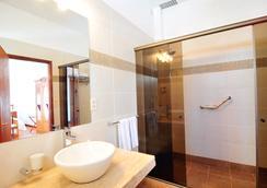 德尔维瑞酒店 - 科洛尼亞德爾薩克拉門托 - 浴室