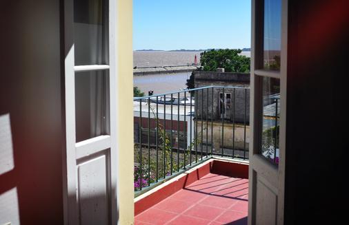 德尔维瑞酒店 - 科洛尼亞德爾薩克拉門托 - 阳台