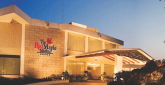 红枫马沙尔酒店 - 印多尔