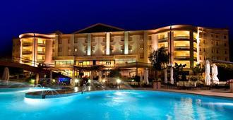 大天堂 Spa 酒店 - 圣乔瓦尼·罗通多 - 游泳池