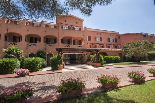 拉科尼亚村蓝光酒店 - 阿尔扎凯纳 - 建筑