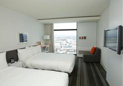 Tryp魁北克普尔酒店 - 魁北克市 - 睡房