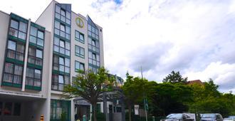 斯图加特机场美因 Achat 酒店 - 斯图加特 - 建筑