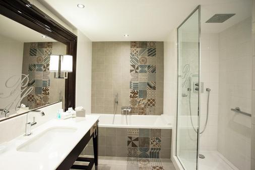 格勒诺布尔公园美憬阁酒店 - 格勒诺布尔 - 浴室