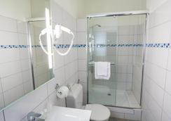 欧洲格勒诺布尔超级中心酒店 - 格勒诺布尔 - 浴室