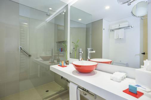 波哥大安巴加达温德姆 Tryp 酒店 - 波哥大 - 浴室