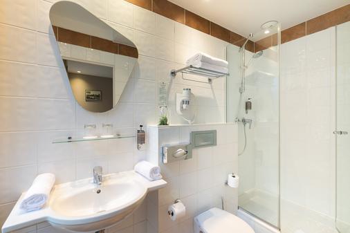 快乐文化马真塔38酒店 - 巴黎 - 浴室