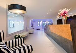 圣托里尼岛百合别墅酒店 - 费拉 - 大厅