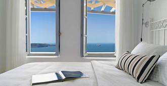 圣托里尼岛百合别墅酒店 - 费拉 - 睡房