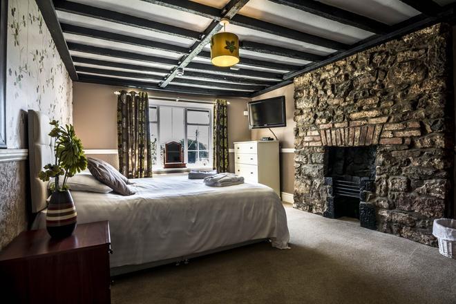 牧师住宅农庄旅馆 - 滕比 - 睡房