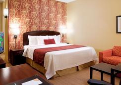 坦佩市中心万怡酒店 - 坦培 - 睡房
