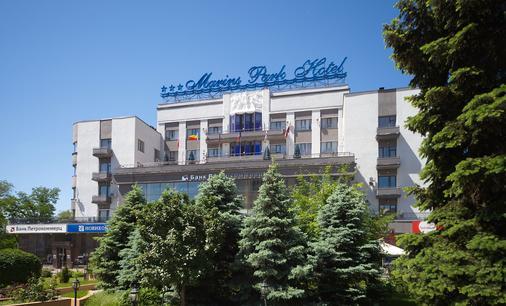 马林斯公园酒店 - 顿河畔罗斯托夫 - 建筑