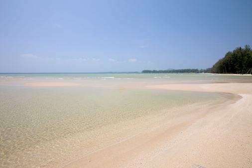 阿达玛斯度假村 - 普吉岛 - 海滩