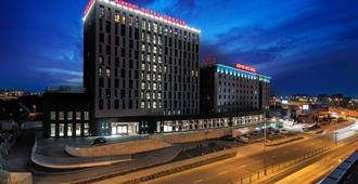 奥肯切机场酒店 - 华沙