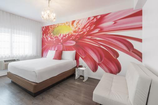 企鹅酒店 - 迈阿密海滩 - 睡房