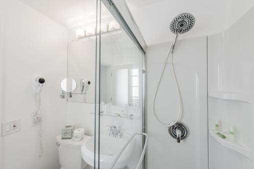 企鹅酒店 - 迈阿密海滩 - 浴室