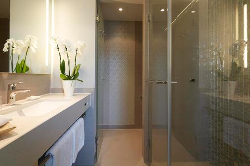 卡兹勒拉姆特斯泰恩贝格酒店 - 柏林 - 浴室