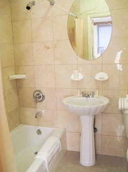 纽约市圣詹姆斯酒店 - 纽约 - 浴室