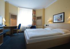 艾尔福特城际酒店 - 爱尔福特 - 睡房