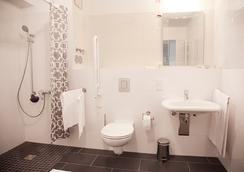 尼古拉公寓酒店 - 柏林 - 浴室