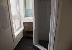 皇家橡树酒店 - 多伦多 - 浴室