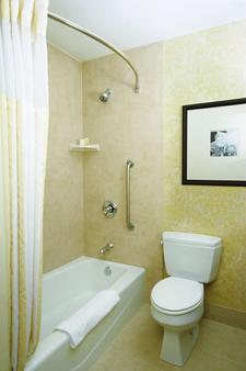 阿尔布开克/日报中心希尔顿花园酒店 - 阿尔伯克基 - 浴室