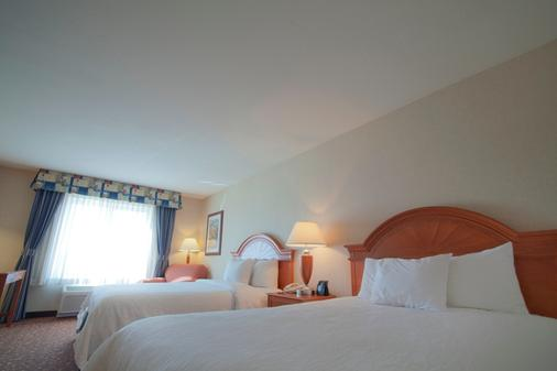 阿尔布开克/日报中心希尔顿花园酒店 - 阿尔伯克基 - 睡房