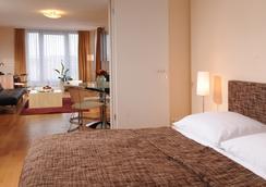 德意志剧院公寓酒店 - 柏林 - 睡房