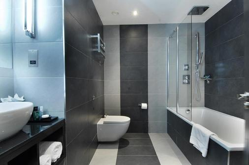 伦敦市蒙卡尔姆啤酒厂酒店 - 伦敦 - 浴室