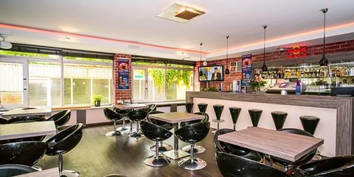 斯玛特斯登-慕尼黑城旅社 - 慕尼黑 - 酒吧