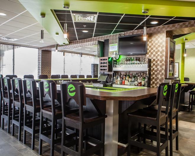凯瑞华晟酒店-那什维尔市区体育场 - 纳什维尔 - 酒吧