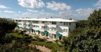 坎昆法兰达多斯普拉亚斯酒店 - 坎昆 - 建筑