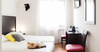 艾斯佩兰托酒店 - 戛纳 - 睡房