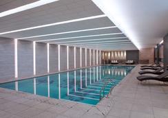 上海金桥红枫万豪酒店 - 上海 - 游泳池