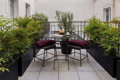 雷克斯康普拉多酒店 - 巴黎 - 阳台