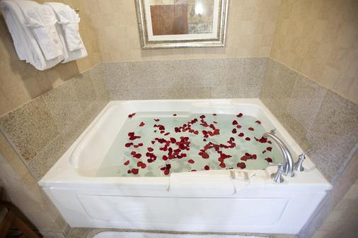 铂金酒店和水疗中心 - 拉斯维加斯 - 浴室