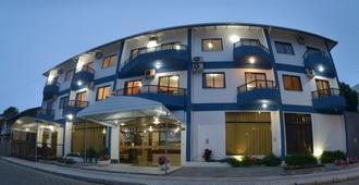 邦比尼亚斯宫酒店 - Bombinhas - 建筑