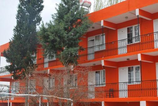 多特季节酒店 - 帕莫卡莱 - 建筑