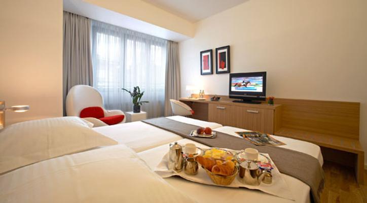 西蒙奇尼酒店 - 卢森堡 - 食物