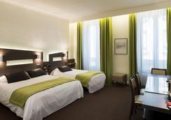 公馆酒店 - 里昂 - 睡房