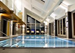 Congham Hall Hotel - 金斯林 - 游泳池