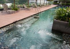 新加坡帝盛酒店 - 新加坡 - 游泳池