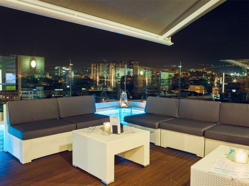 埃尔西亚酒店 - 毕尔巴鄂 - 阳台
