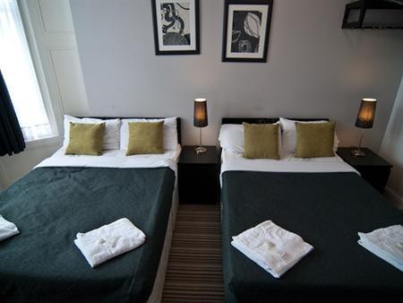 GRN康福特尔酒店 - 伦敦 - 睡房